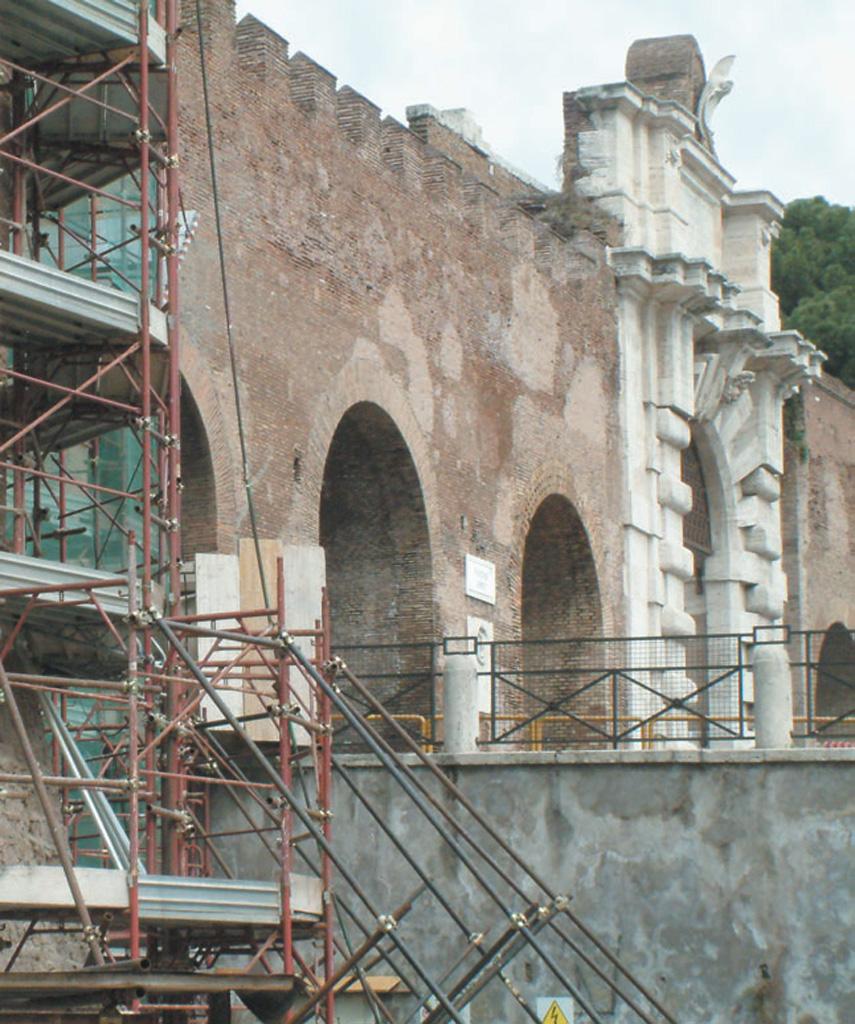 Mura Aureliane, Porta Asinaria, Roma