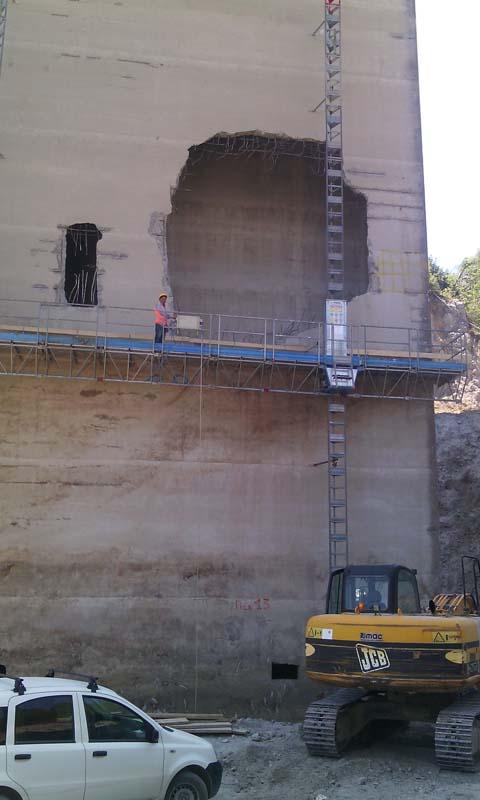 Viadotto italia: foro nella pila