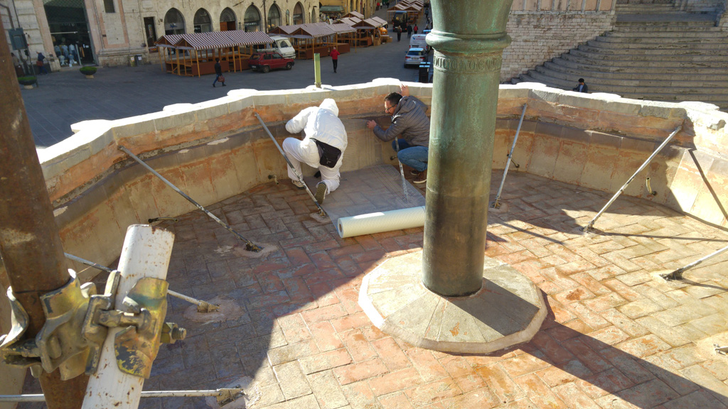 Waterproofing of the upper basin of the Fontana Maggiore - pic 1