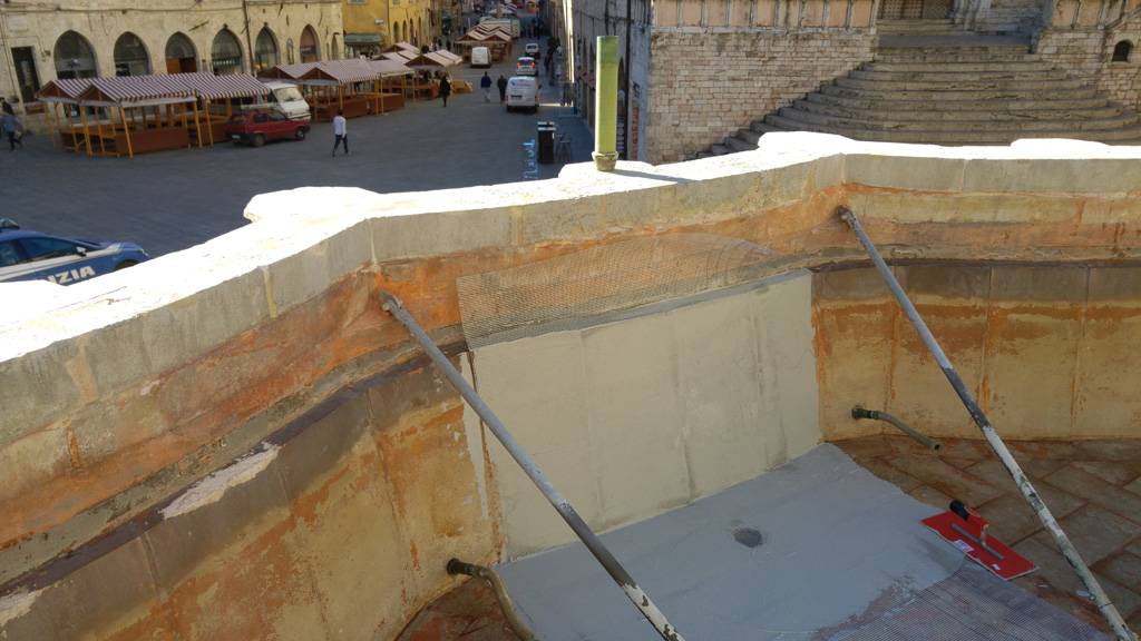 Waterproofing of the upper basin of the Fontana Maggiore - pic 2