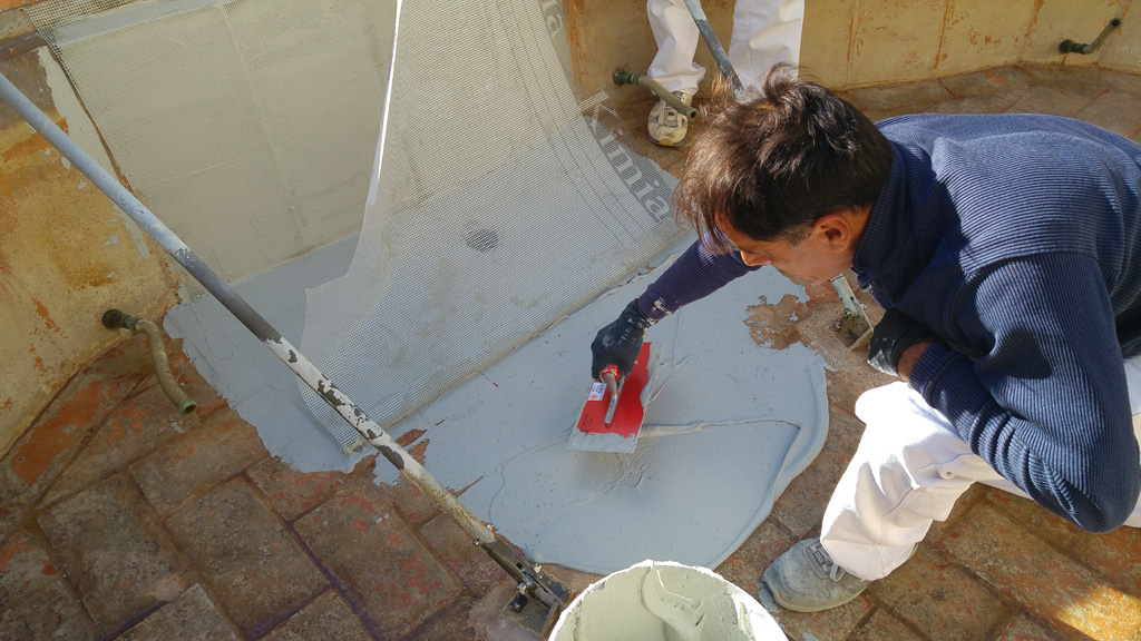 Waterproofing of the upper basin of the Fontana Maggiore - pic 3