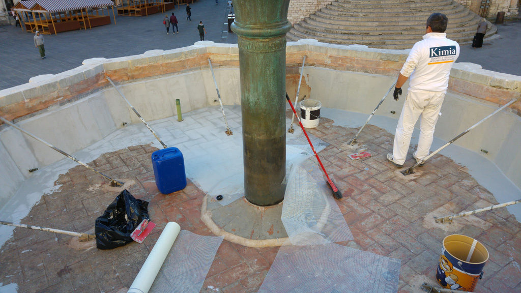 Waterproofing of the upper basin of the Fontana Maggiore - pic 5
