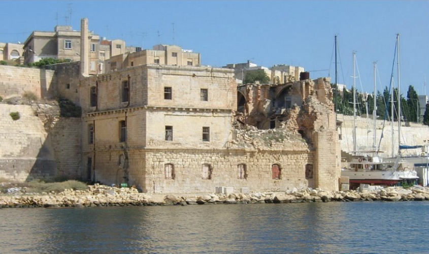 Esplora before renovation
