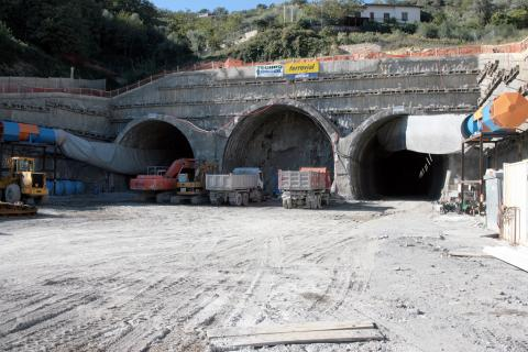 Galleria ferroviaria, Andora-San Lorenzo (IM)